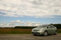 Toyota Prius: на границе настоящего и будущего