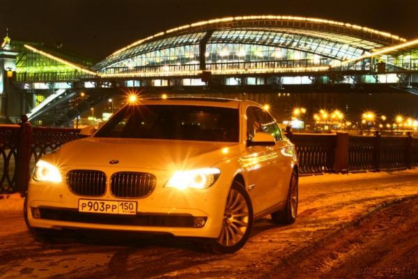 Дизельный флагман / Тест-драйв BMW 7 series 730d
