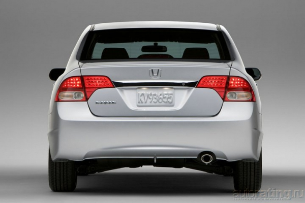 Выход в космос / Тест-драйв Honda Civic