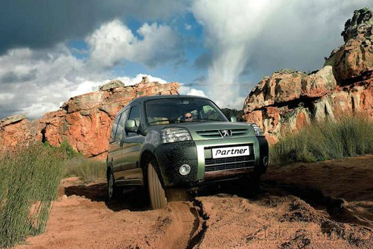 Растроение личности / Тест-драйв Peugeot Partner и Citroen Berlingo