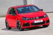 Volkswagen Golf R стал суперкаром
