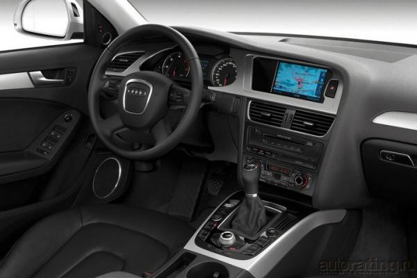 Розетка на шоссе / Тест-драйв Audi A4
