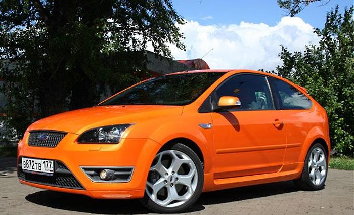 Ford Focus ST: Оранжевое небо, оранжевое море, оранжевая зелень, оранжевый ST