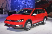 Volkswagen привез в Нью-Йорк универсал Golf Alltrack