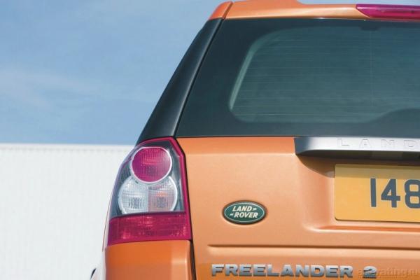 Больше, чем просто SUV / Тест-драйв Land Rover Freelander 2