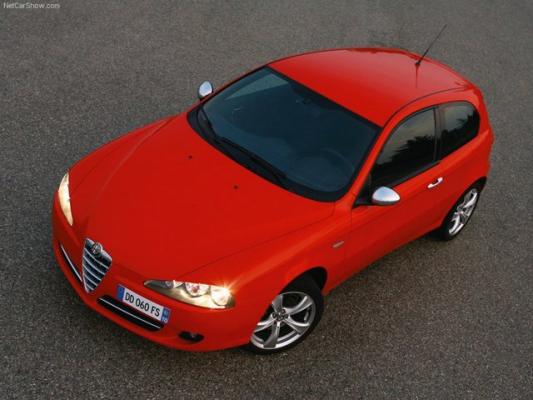 Туринская зажигалка / Тест-драйв Alfa Romeo 147
