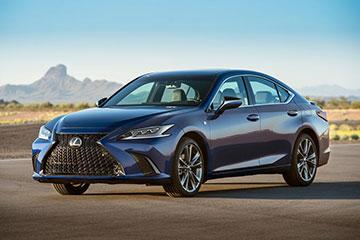 Новый Lexus ES оценили в рублях
