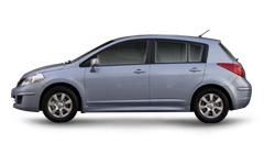 Nissan-Tiida-2010