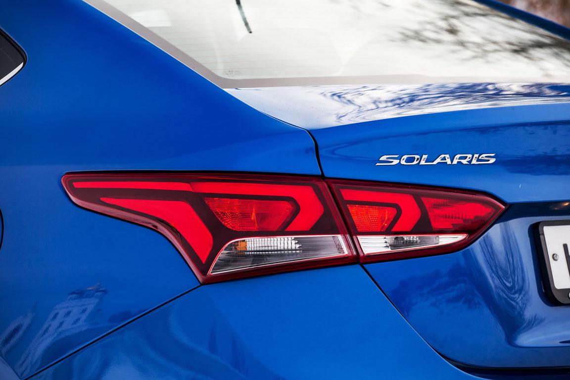 Hyundai Solaris задняя фара