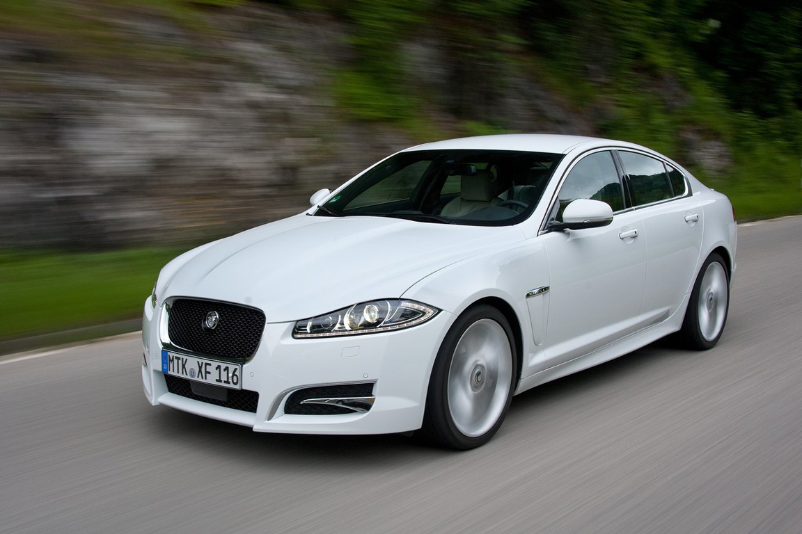 Jaguar-XF_2012_1280x960_wallpaper_11.jpg