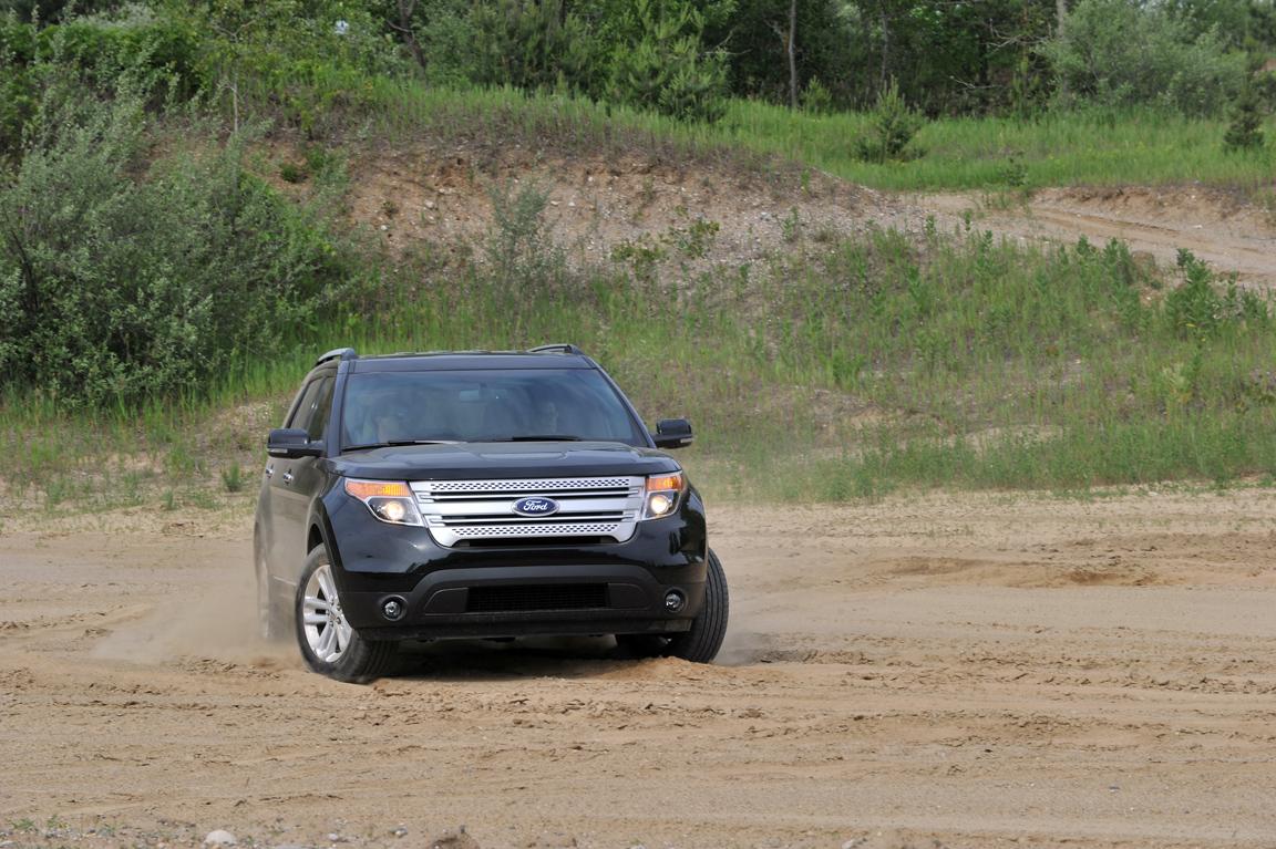 Ford-Explorer_03.jpg