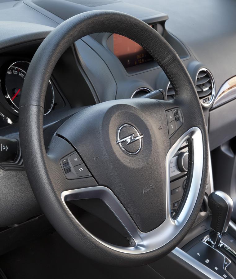 Opel Antara