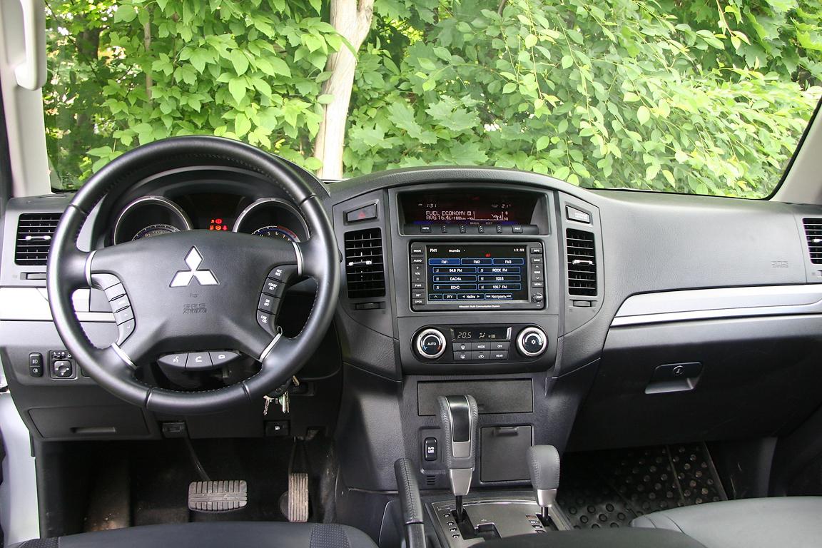 Mitsubishi-Pajero-IV_24.jpg