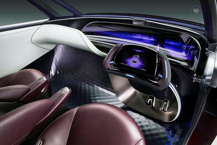 Тойота показала прототип водородного минивэна