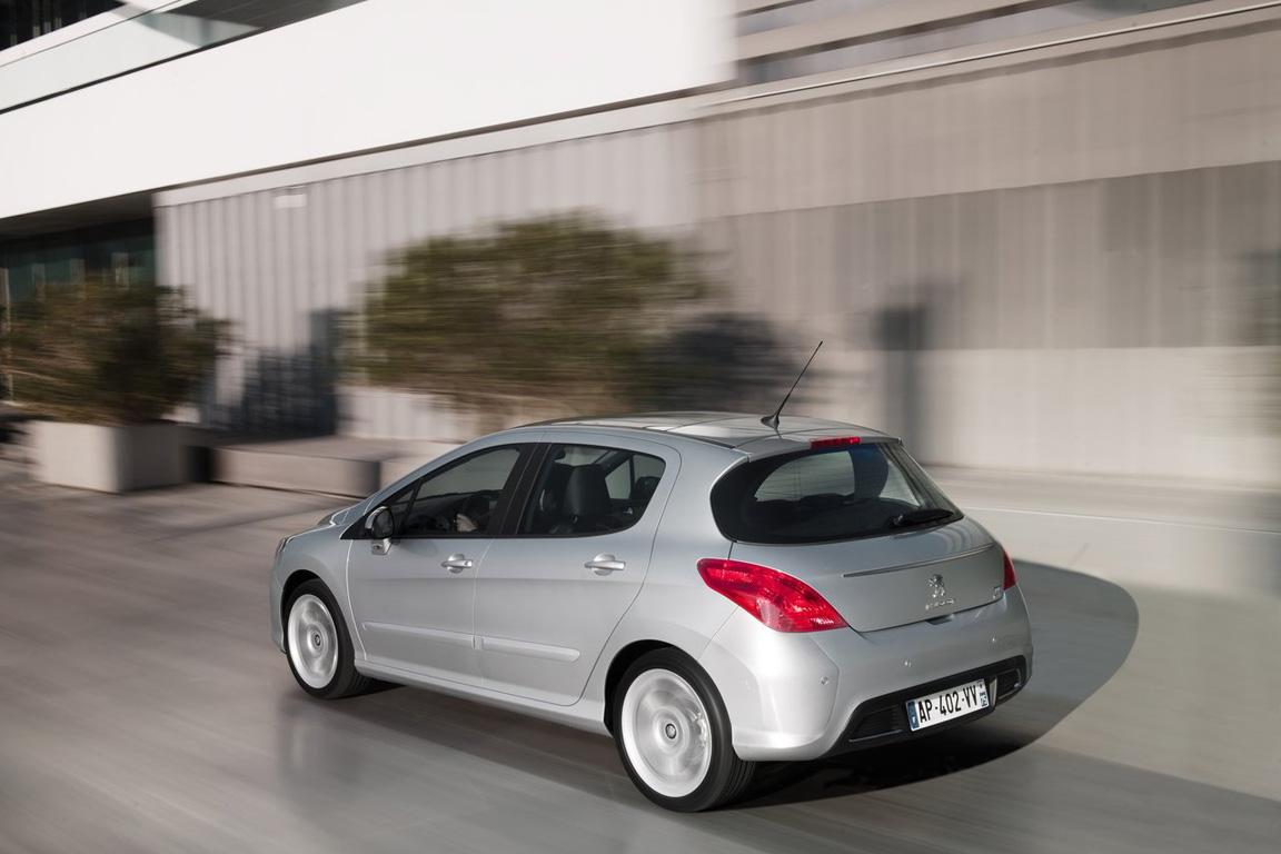Peugeot-308_2012_1280x960_wallpaper_07.jpg