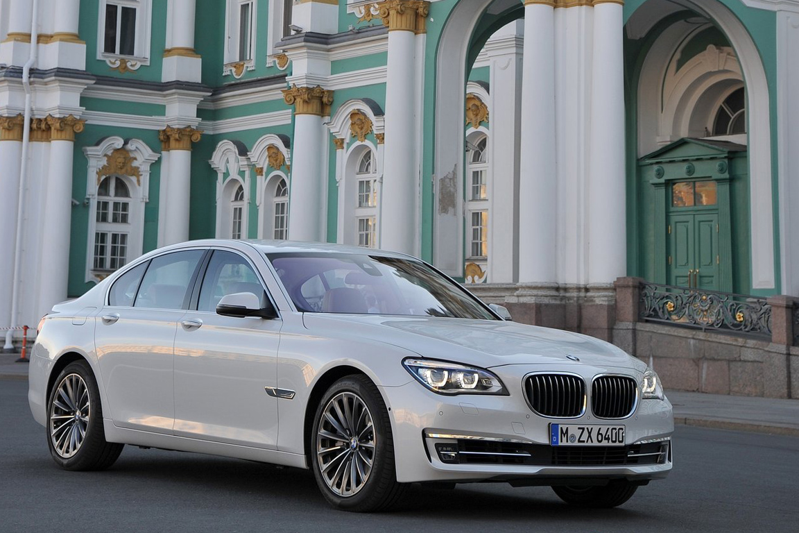 BMW-7-Series_2013_1280x960_wallpaper_04.jpg