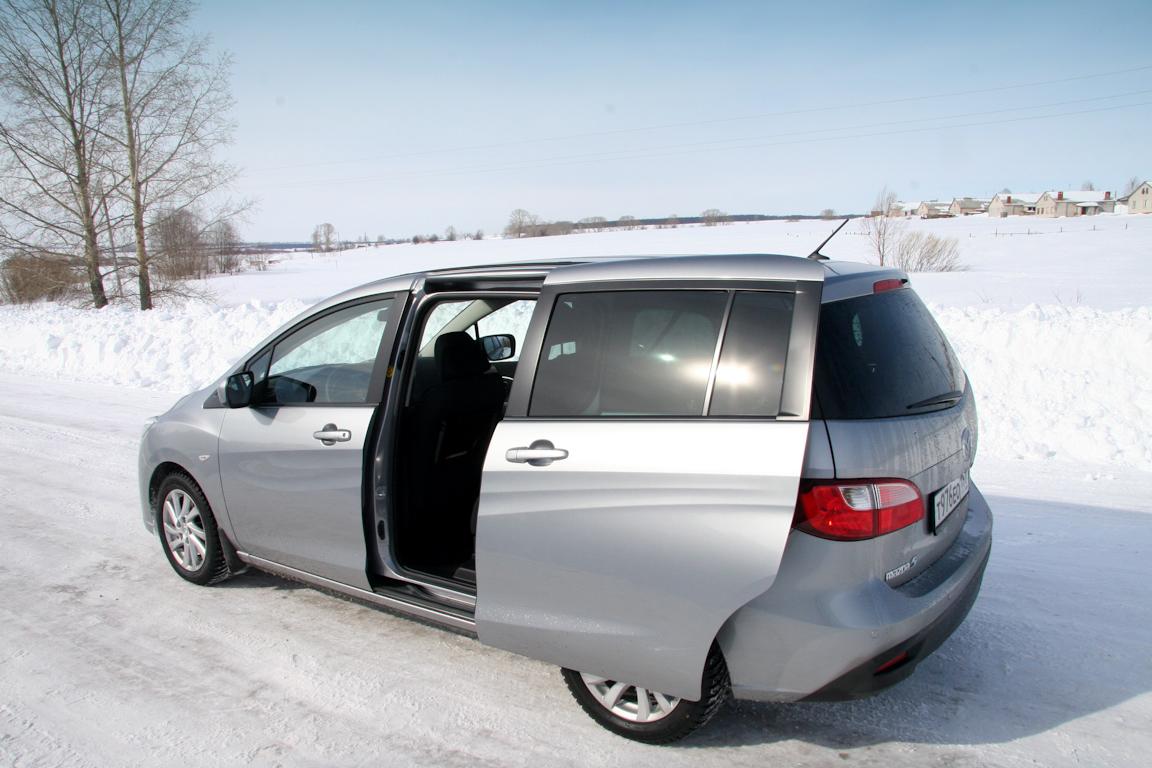 Mazda5-2011-autorating-ru_07.jpg