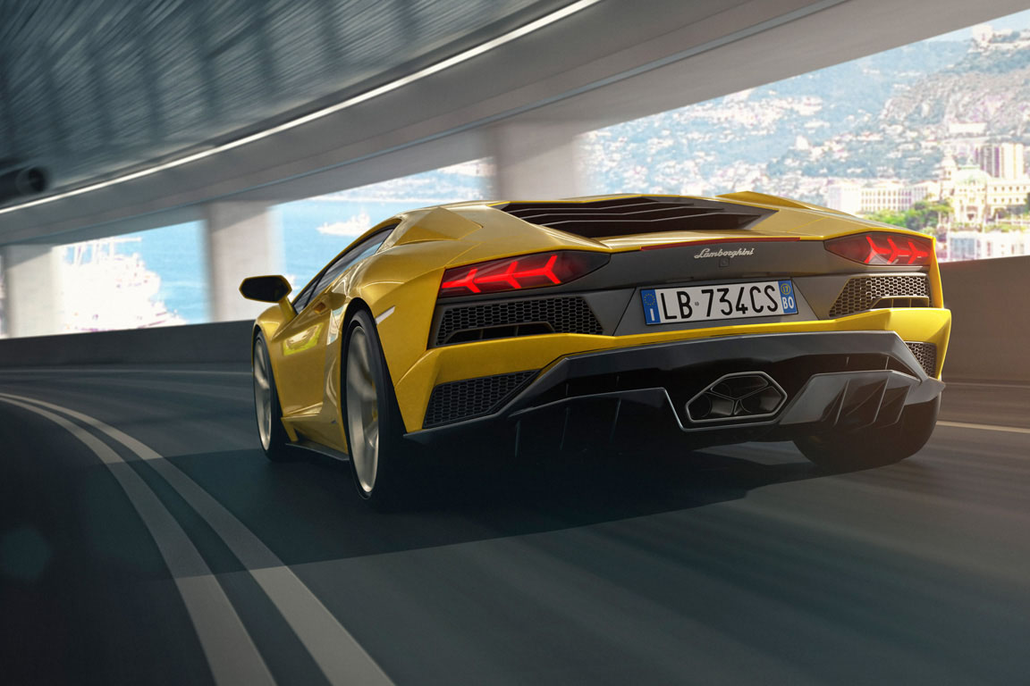 Lamborghini Aventador S 2016