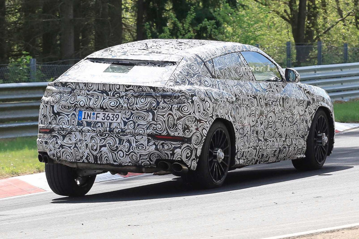 Супер-кроссовер Lamborghini Urus тестируют навиражах Нюрбургринга
