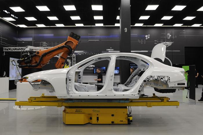 Mercedes-Benz E-Class нового поколения