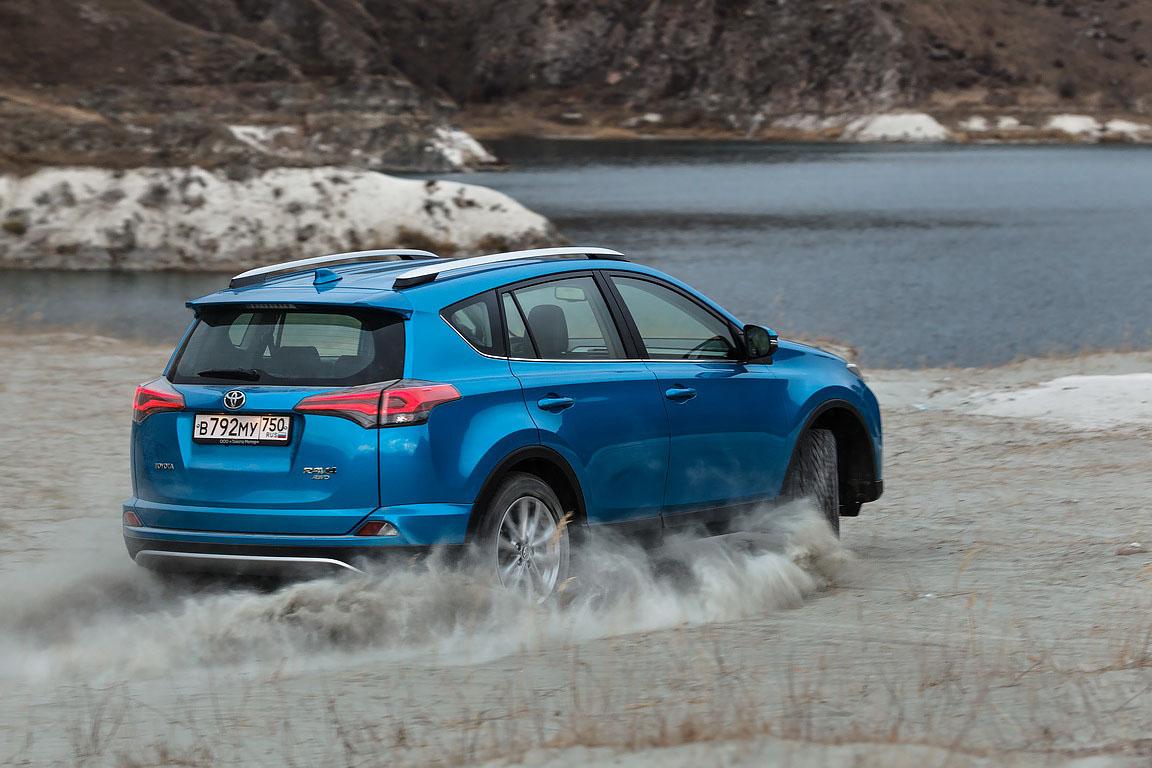 Toyota Rav4: Хочешь жить, умей меняться