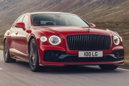 Представлен Bentley Flying Spur с мотором V8