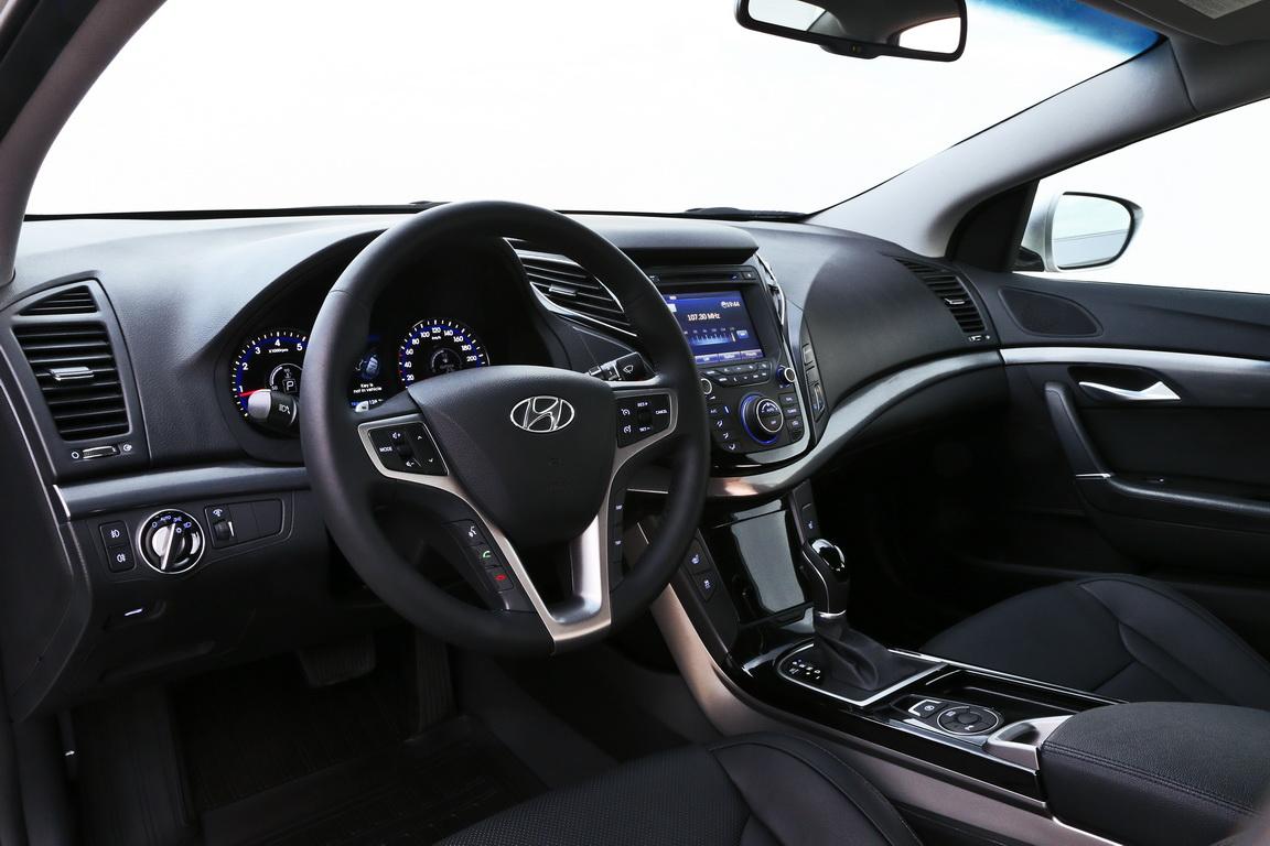 Hyundai i40: Автомобиль универсиады