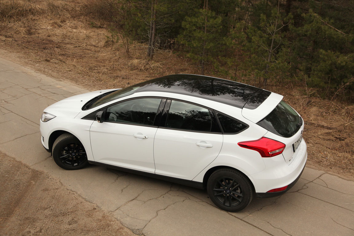 Ford Focus Black&White
