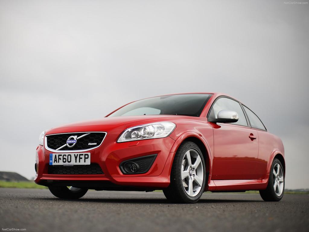 Volvo C30: прощаемся с маленьким шведом