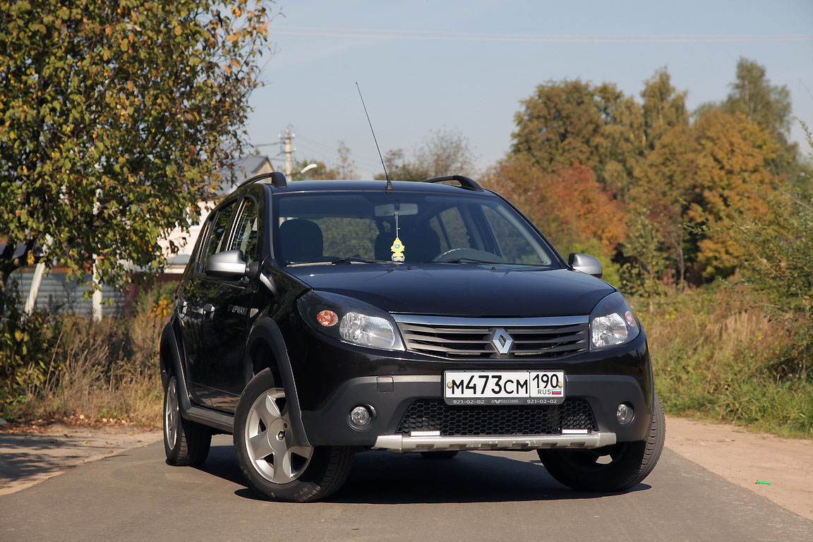 Renault Sandero Stepway: примеряем ДХО Philips Day Light 9
