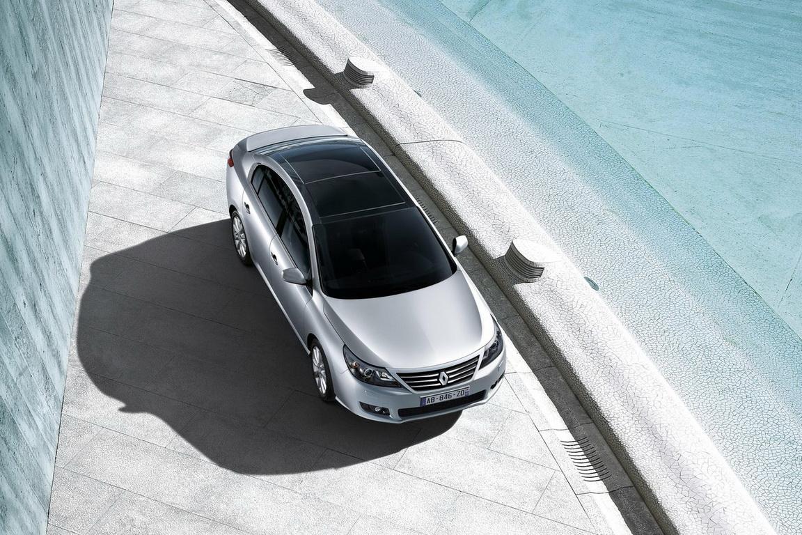 Renault-Latitude