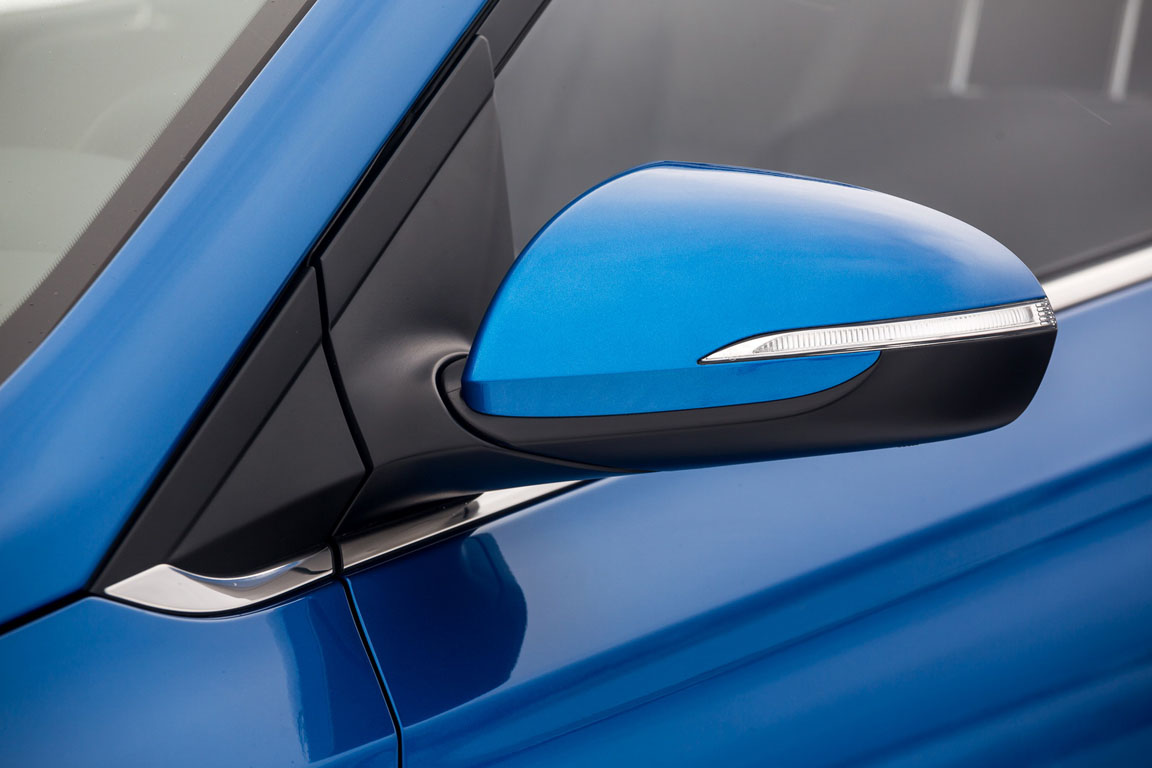 Hyundai Solaris зеркало