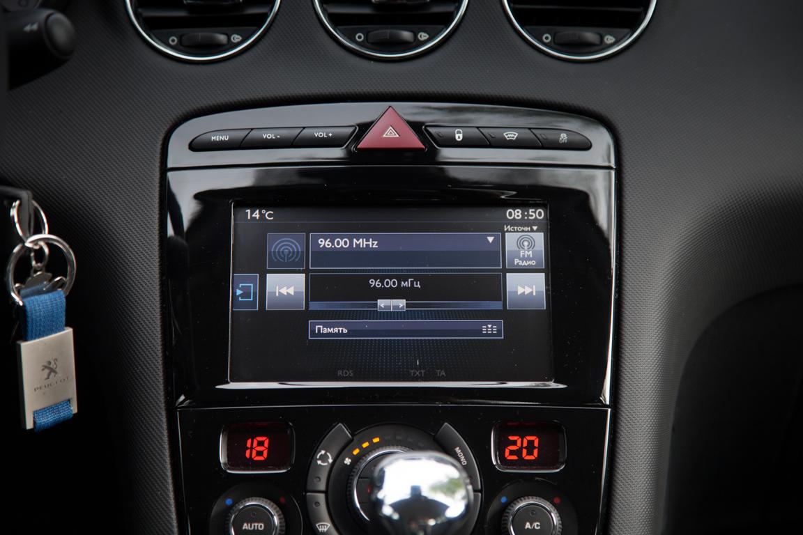 Peugeot 408 2017 Медиаситема