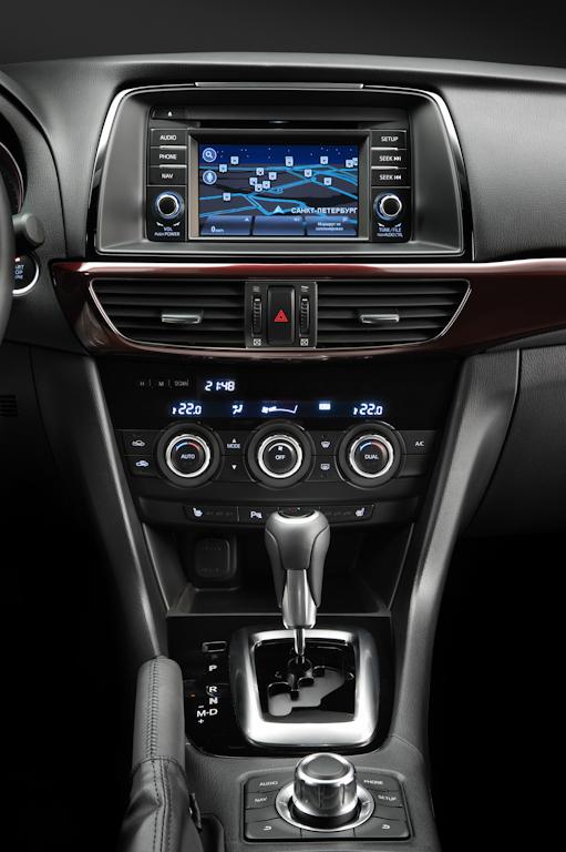 Mazda6_Tyumen_interior_021.jpg