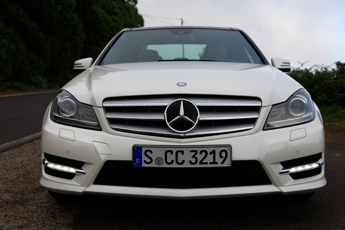 A_Mercedes-BenzC-Class_02.jpg
