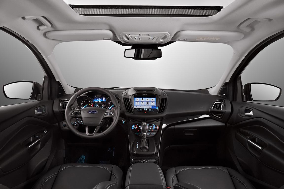 Ford Kuga Интерьер
