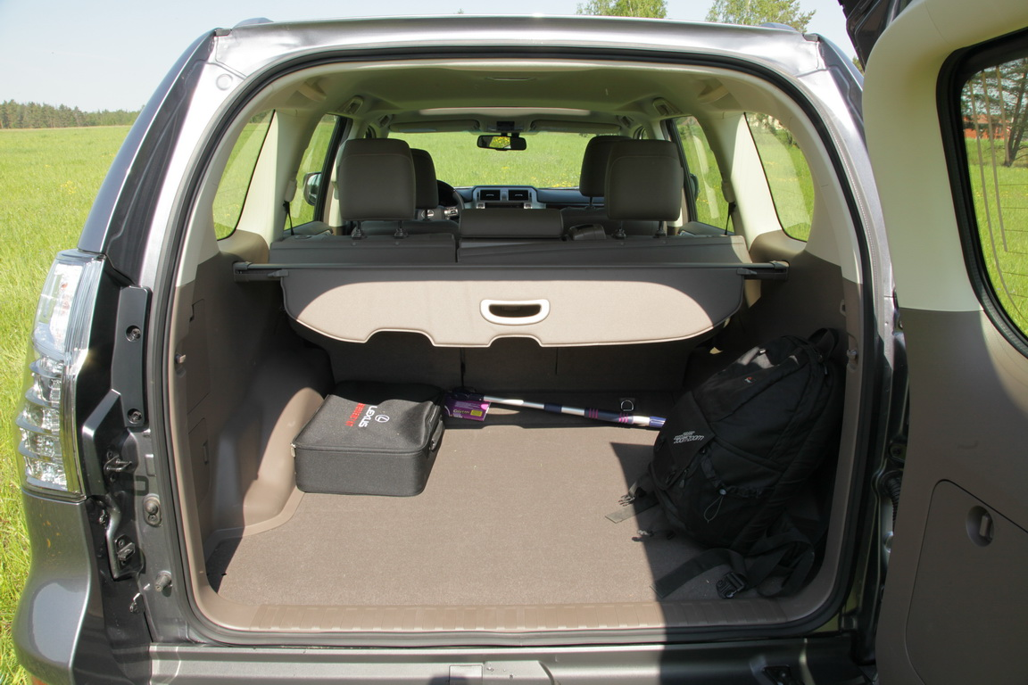 Lexus GX460: готов к приключениям!